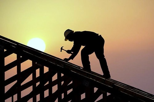 What To Consider When Restoring Your Commercial Building's Roof