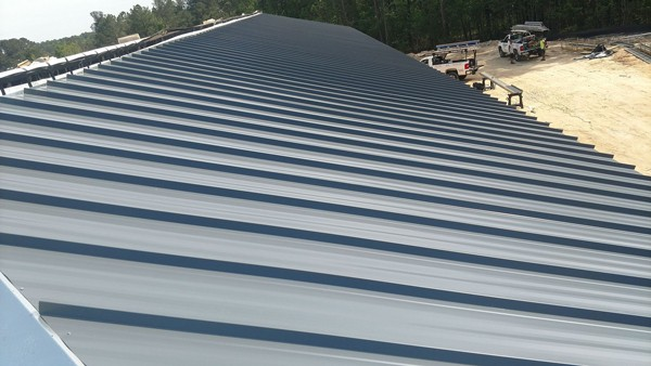 Metal roof after - Commercial roofing